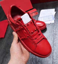 Metal Sneakers Australia - 2019 Fashion Skateboarding Shoes Spikes Lady Comfort Casual Dress Shoe Mens Sport Sneaker Leather Personality Womens Metal Spike Footwear