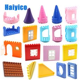 $enCountryForm.capitalKeyWord Australia - Big Building Blocks Castle Tower Door Wall Roof House Model Accessories Bricks Compatible With Duplo Set Figure Toys Baby Gift