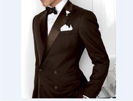 $enCountryForm.capitalKeyWord NZ - Double-Breasted Groomsmen Peak Lapel Groom Tuxedos Chocolate Men Suits Wedding Prom Dinner Best Man Blazer ( Jacket+Pants+Tie) B597