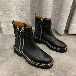 $enCountryForm.capitalKeyWord Australia - New products big big name autumn and winter round head fashion short boots designer white black wine red locomotive driving Martin boots