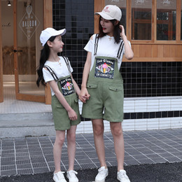 $enCountryForm.capitalKeyWord Australia - Mother and Daughter Clothes Sets T-shirt + Overalls Jeans Belt Family Matching Outfits Summer Short Pants Mommy and Me Clothes