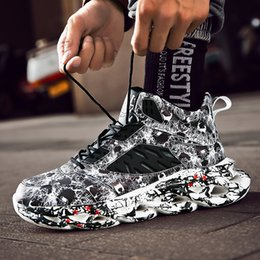high top hip hop dance shoes UK - Fashion Men's Hip Hop Street Dance Shoes Graffiti High Top Chunky Sneakers Autumn Summer Casual Mesh Shoes Boys Zapatos Hombre LY191210