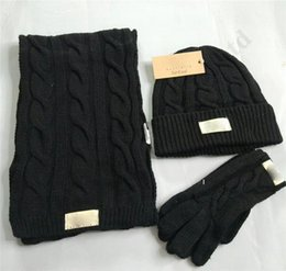 ClassiC CroChet hat online shopping - 3pcs UG Wool Hat Scarf Gloves Suit Winter Warm Knitted Skullies Cap Beanies Scarves Glove Sets Australia Classic Woolen Hats Set C101701