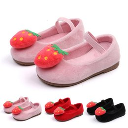 b450ffc586230 good quality Baby Girls shoes Infant baby Autumn Winter Strawberry Sweet Princess  Shoes kids sneakers chaussure fille enfant sapato