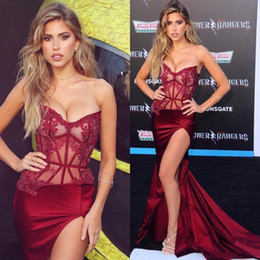 Wholesale see sided dress online – 2020 Sexy Burgundy Celebrity Prom Dresses See Through Waist Applique Sequins High Side Split Cheap Long Red Carpet Evening Gowns