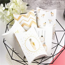 $enCountryForm.capitalKeyWord Australia - 5pcs Flamingo Pillow Box Chocolate Dragee Candy Cookie Wedding Mariage Party Baby Shower Paper Wrapping Favor Gift Packaging Box