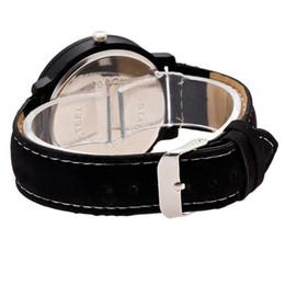 King Glasses Australia - Newly King Queen Leather Watches Women Lovers Quartz Watch Men Brand Luxury Wristwatch Female Male Quartz Lover`s Watches DOD886
