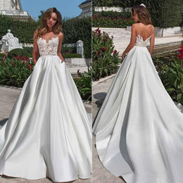 Simple white engagement dreSS online shopping - 2019 Royal Princess Illusion Bodice Off the Shoulder V Neck Wedding Dresses Ball Gown Sleeveless Engagement Dress Bridal Gowns Plus Size