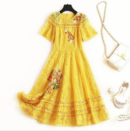 $enCountryForm.capitalKeyWord UK - Europe and the United States Women's clothing new for summer 2019 Shirt collar Yellow dress floral embroidery lace