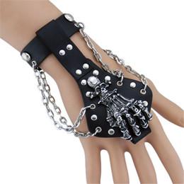 Back Hand Chain UK - Skull Hand Bracelet Leather Hand Back Set Alloy Accessories Hip Hop Nightclub Party Stage Bracelet Hot