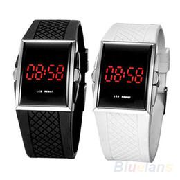 $enCountryForm.capitalKeyWord Australia - Men Women Casual Unisex White Black LED Digital Sports Wrist Watch Wristwatch Date Clock 1JS4