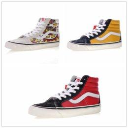 2018 vans SK8-Hi Classic Old Skool White Black zapatillas de deporte Women  Men High-top Low Canvas Casual Skate Shoes E20720 ffbd7c0dd