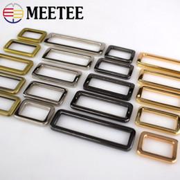 $enCountryForm.capitalKeyWord Canada - Meetee wholesale faster Metal D Ring belt Buckle Adjustable Connect Clip Buckles Backpack Strap Shoe Bag Dog Collar Garment DIY Accessories