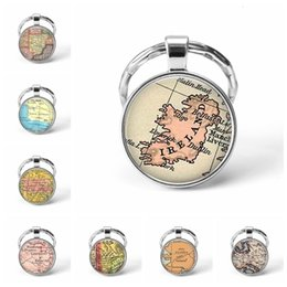 map keychain Australia - Newest Metal Keychain Handmade Vintage Alaska World Map Earth Geography Key Chain Glass Dome Keychains For Men Women Gift