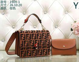 2019 Stili caldo europeo e americano marchio di moda in pelle FEND borsa delle signore borsa a tracolla borsa delle signore portafoglio 1909 in Offerta