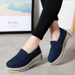 grey suede flats ladies Canada - 2019 Spring Women Flats Shoes Platform Sneakers Slip On Flats Leather Suede Ladies Loafers Moccasins Casual Shoes Women Creepers LY191129