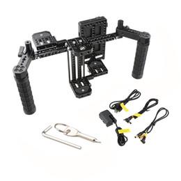 """Großhandel CAMVATE 7"""" Monitor-Cage Rig Director mit V-Verschluss Power Supply Splitter mit Dual-Handgriff C2088"""