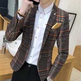 boutique men coat Canada - 2020 New Boutique Fashion Classic Plaid Mens Suit Coats Single Buckle Wedding Dress Casual Fashion Suit Jacket Men Blazer