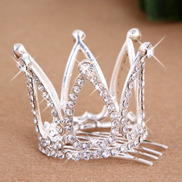 $enCountryForm.capitalKeyWord UK - 2017 Mini Girls Rhinestone Crown Bridal Tiara Hair Comb Pin For Wedding Party