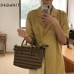 ladies trendy handbags NZ - Women Trendy Weave Straw Bag Lady Summer PVC Beach Bags Holiday Large Plaid Top-Handle Handbags Brand Handmade Shopping Basket
