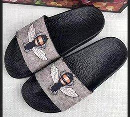 $enCountryForm.capitalKeyWord Australia - 2019 Men Women Sandals Designer Shoes Luxury Slide Summer Fashion Wide Flat Slippery Sandals Slipper Flip Flop size 35-46 flower box