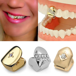 fake teeth Canada - 18K Gold Braces Punk Hip Hop Single Diamond Teeth Grillz Dental Mouth Fang Fake Grills Tooth Cap Cosplay Party Rapper Jewelry Gift Wholesale