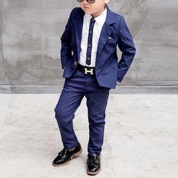 Blu / rosso dei bambini del vestito Big Boys Abiti bambini Blazer ragazzi adatta il vestito per il matrimonio Abbigliamento Giacche Blazer + Pants + camicia 3-10Y in Offerta