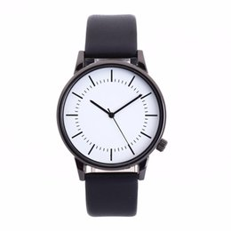Brand Luxury Style Watch Australia - Women's Men's watches top brand luxury Glass Round Dial Leather Skin Strap Alloy Watch Simple Style Quartz Lovers Watches #A0216