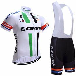 $enCountryForm.capitalKeyWord NZ - Hot 2019 High quality GIANT cycling jersey and bib shorts Tight fit Summer Men Short Sleeve Cycling kit mtb bike shirt