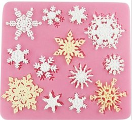 cake lace moulds UK - 3D christmas decorations snowflake Lace chocolate Party DIY fondant baking cooking cake decorating tools silicone mold