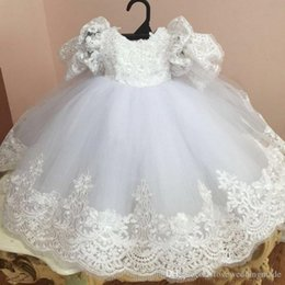 $enCountryForm.capitalKeyWord Australia - New Toddler Baby Ball Gown Christening Dresses Lace Appliques Baptism Gown With Short Sleeves Cheap Tulle Kid First Communication Dress