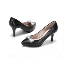 $enCountryForm.capitalKeyWord Australia - Designer Dress Shoes 1pair Woman Flower Charms Flats Sandals High-heel Pumps Accessories Crystal Shoe Clips Bag Decoration Buckle