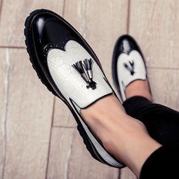 Top Business Casual Shoes Australia - Top Quality Fashion Business Dress Shoes Men Oxfords Leather Casual Shoes Brogue Men Office Scarpe Uomo Eleganti Laarzen Dames as479