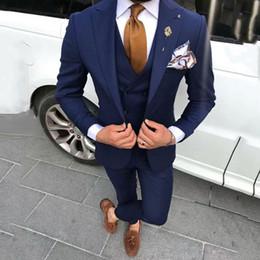 $enCountryForm.capitalKeyWord Australia - Navy Blue Men Suits for Wedding Groom Tuxedos Costume Homme Vintage Man Business Jacket Best Man Blazers 3Piece Coat Pants Terno Masculino