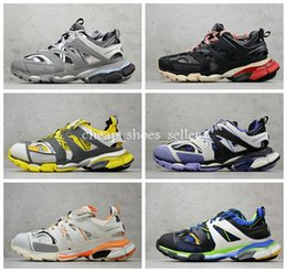 $enCountryForm.capitalKeyWord Canada - 2019 Track 3.0 Sneakers Tess Paris Men Gomma Maille Black Low Track 3M Triple S Running Shoes Outdoor Jogging Designer Shoes 35-45