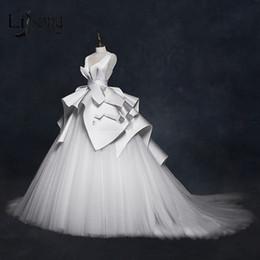Lace high end skirt online shopping - Vintage Wedding Dresses Ruffles Ruched Elegant Bridal Gowns V neck Backless High End Wedding Gowns Vestido De Noiva