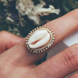 Conch Pearl Charm Australia - Bohemian Antique Gold Shell Ring Summer Beach Conch Finger Ring For Women Girl Charming Metal Finger Ring Jewelry Accessories