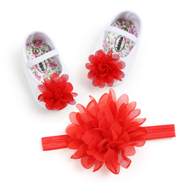 $enCountryForm.capitalKeyWord Canada - Toddler Baby Girl Red Flower cloth Shoes+1PC Hair Belt Elastic band Anti-slip Soft Soled Flat Shoes Infant Baby's First Walkers