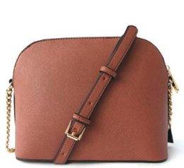 indirim Ücretsiz kargo yepyeni Kadın Çantaları Avrupa ve Amerikan moda tasarımcısı kabuk çanta PU15 renk altın zinciri / çok sayıda indirimde