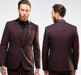 best three piece suit design NZ - Best Design Burgundy Groom Tuxedos Peak Lapel Center Vent Groomsmen Mens Wedding Dress Excellent Man 3 Piece Suit(Jacket+Pants+Vest+Tie) 405