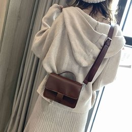 $enCountryForm.capitalKeyWord Australia - Women Crossbody Bags 2019 New Women Retro Oil Skin Small Square Bag Shoulder Messenger Bag High Quality PU Leather Handbag
