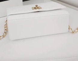 $enCountryForm.capitalKeyWord Australia - High quality luxury designer bag handbag genuine leather classic plaid mini womens shoulder bag fashion chain bag vv13