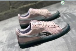 $enCountryForm.capitalKeyWord Australia - The New Quarter Unicorn Women Board Shoe Hand Painted Printed Metallic Sparkly Embellished Canvas Shoe On Sale With Original Box Shipping