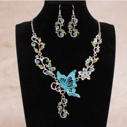 $enCountryForm.capitalKeyWord NZ - Bohemian Natural Stone Pendants& Necklaces Blue Crystal Drop Earrings Round Butterfly Chain Braided Wedding Jewelry Set VP604