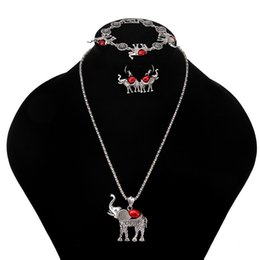 $enCountryForm.capitalKeyWord Australia - Bohemian elephant suit Necklace bracelet earrings three-piece set 9469 boutique Necklace Gift accessories Handcrafted Pendant Personal acces