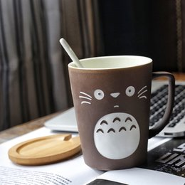 shipping spoon NZ - Cute Cartoon Totoro Ceramics Coffee Mug Anime Large Capacity Chinchilla Tea Cup With Cover Spoon Xmas Gift Drop Shipping