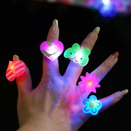 $enCountryForm.capitalKeyWord Australia - Kids Cartoon LED Flashing Light Up Glowing Finger Ring Electronic Christmas Halloween Fun Toys Gifts For Children Color Random