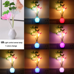 Discount plug flower led lights Plug in LED Night Light Auto Dusk to Dawn Sensor light 0.8W Energy Saving flower Lamp Dream Nightlight Rose Flower Night