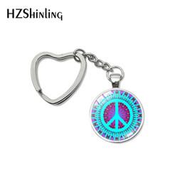 $enCountryForm.capitalKeyWord UK - 2019 Fashion Peace Love Hippie Sign Design Heart Keychains Hippie Sign Design Style Hand Craft Key Chain Gifts Keyring