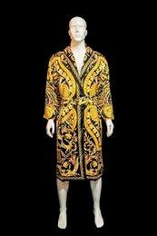 الأزياء الفاخرة الكلاسيكية العلامة التجارية المطبوعة صقيل للرجال L الحجم والنساء M حجم المنزل ارتداء الملابس